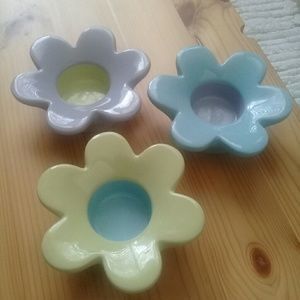 Partylite Lively flower tealight holder trio.